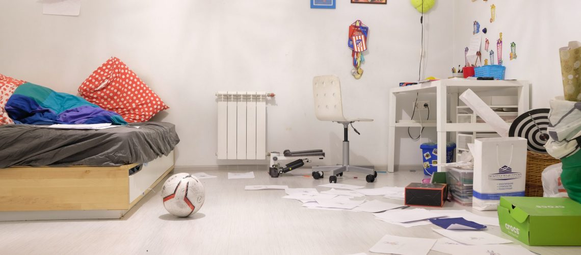 a-white-painted-children-s-room-4046082